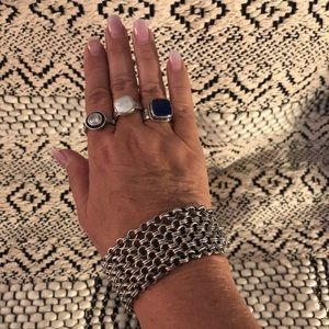 Jewelry - thick chain bracelet